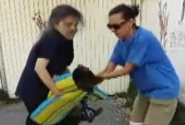 Τρίπολη: Έριξαν φόλα σε σκύλο και η συνέχεια σόκαρε τους πάντες – Δύο γυναίκες δεν έμειναν απαθείς [vid]