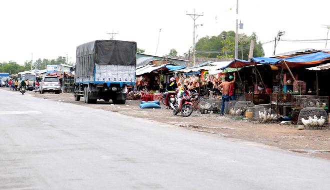 Άθλιες αγορές στο Βιετνάμ συνεχίζουν να πουλάνε άγρια ζώα για φαγητό